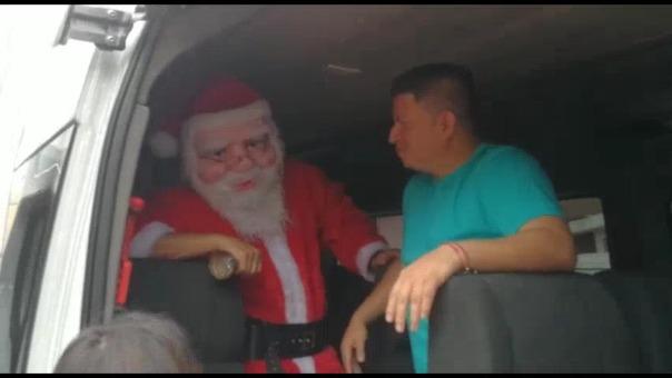 Aldo Corzo se vistió de Papa Noel
