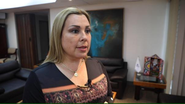 La presidenta de EsSalud, Fiorella Molinelli, explica sobre le DU que beneficiaría a asegurados.