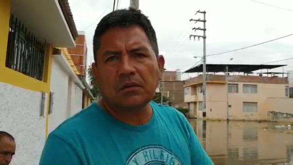Vecino de El Chilcal (Piura) señala que pese a que hay motobombas en la cámara de bombeo, no hay personal para que las opere.