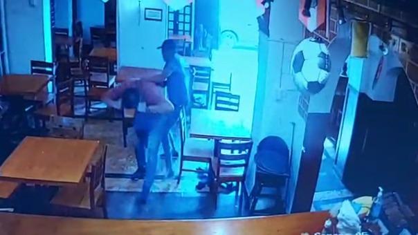 Cámaras de seguridad registraron el robo.