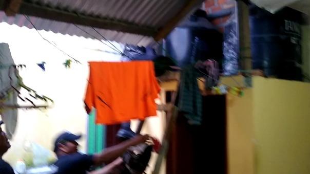 Anser Luis Ríos Rodríguez intentó escapar por los techos pero fue capturado por un sereno.
