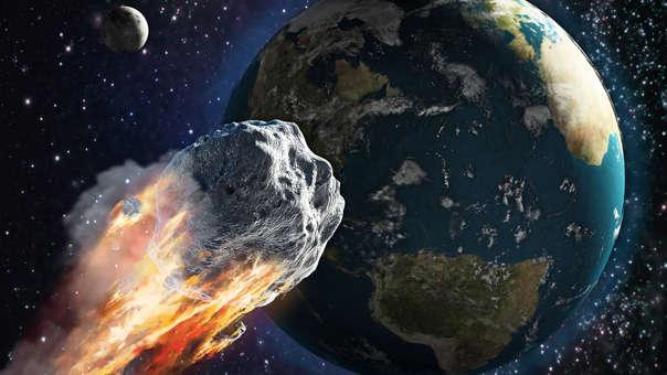 """El """"meteorito"""" del 3 de octubre: Las redes sociales contribuyeron para que el asteroide 2007 FT3 se volviera tema de alarma y preocupación para sus usuarios. El rumor señalaba que el mundo llegaría a su fin por la caída de este """"meteorito"""" el día 3 de octubre. Sin embargo, la NASA se encargó de desmentir esta versión afirmando que dicho cuerpo celeste solo tenía una probabilidad de 0.0000092% de impactar con la superficie terrestre."""