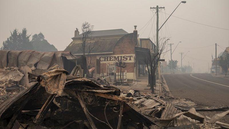 Se teme que el número de fallecidos por los incendios aumente.
