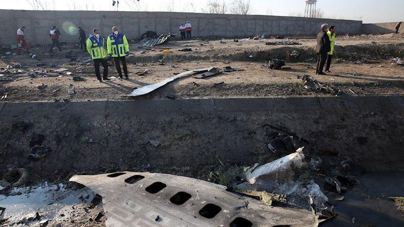El Boeing 737, de la aerolínea ucraniana UIA, se estrelló cerca de Teherán, causando la muerte de 176 personas.