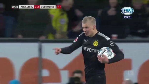 Erling Haaland marcó un hat trick en la remontada del Borussia Dortmund