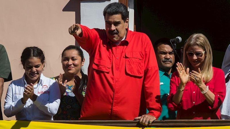 Nicolás Maduro dio un discurso desde el llamado Balcón del Pueblo.