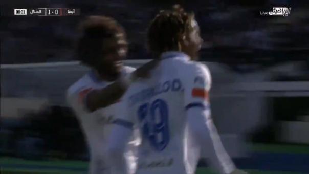 Gol de André Carrillo con Al Hilal ante Abha.