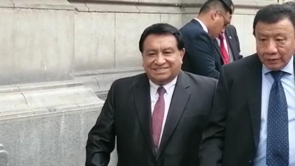 Llegada de José Luna Gálvez a Palacio de Gobierno.