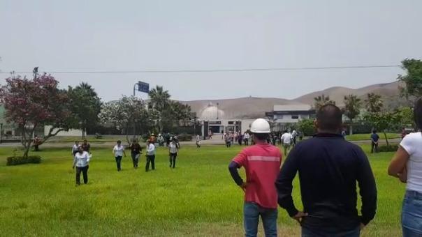 Trabajadores de la Refinería la Pampilla evacuaron.