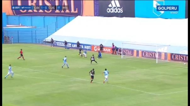 Emanuel Herrera y su gol ante Cusco FC.