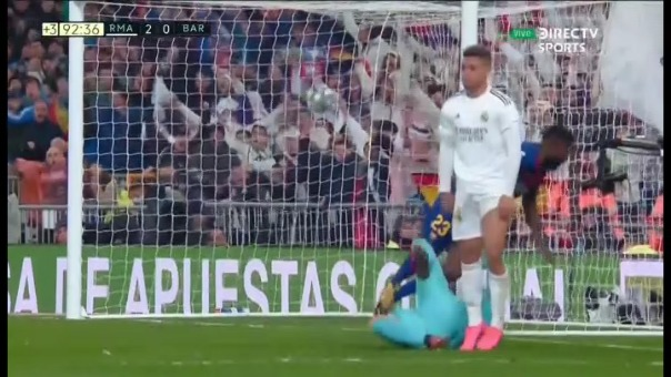 Mariano Díaz anotó el segundo gol del Real MAdrid sobre el Barcelona