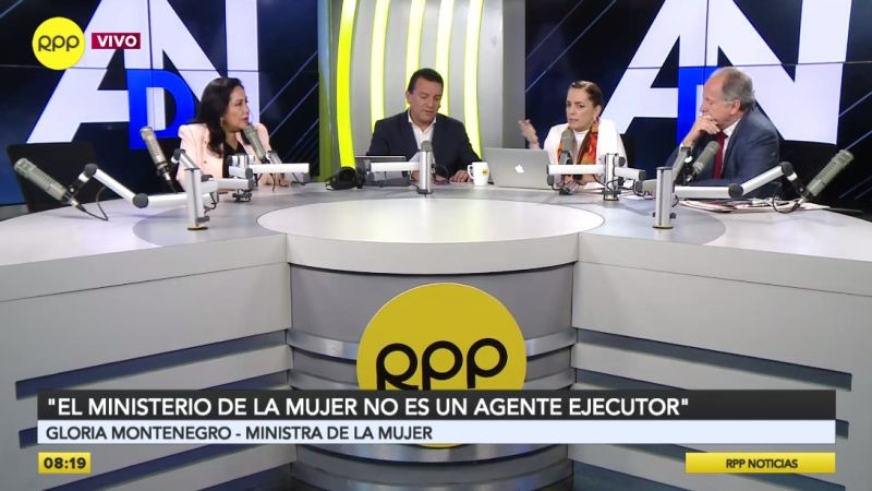 Gloria Montenegro en Ampliación de Noticias.