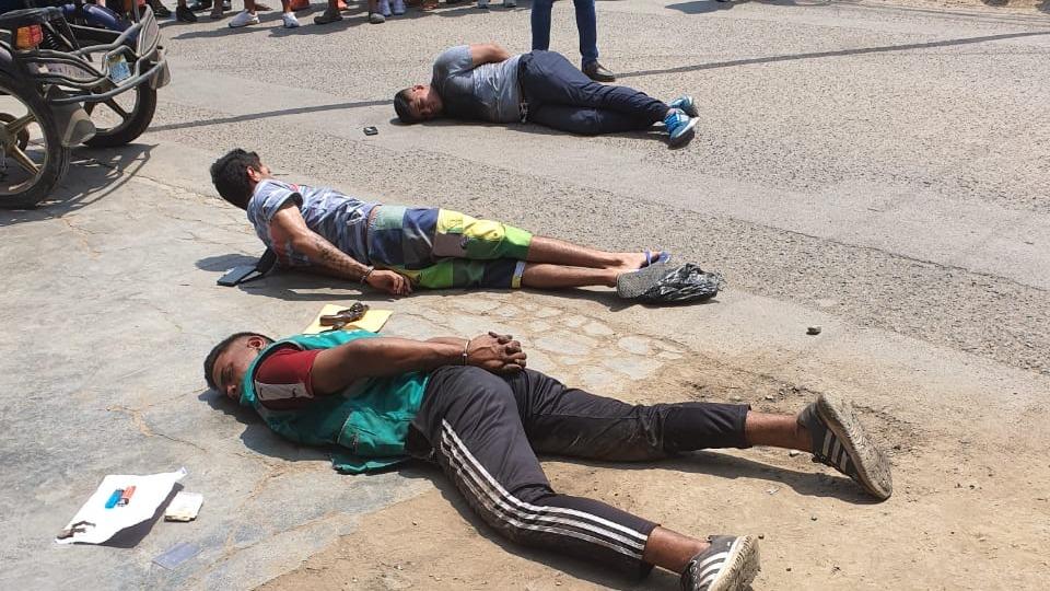 Los sujetos fueron identificados como Jefferson André Peña Leal (20), Carlos Luis Morales Herrera (23), y  Jesús Daniel Romero Garcia (28).