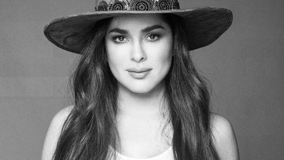 La actriz Danna García anuncia que tiene coronavirus, tras regresar de Europa.