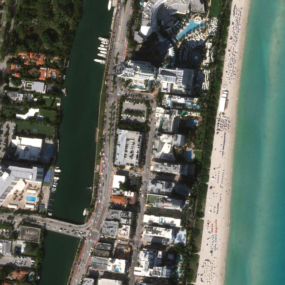 27 de noviembre de 2019. Miami Beach lleno de gente.