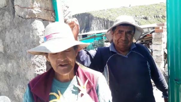 Los adultos mayores agradecieron la ayuda de los efectivos y manifestaron que ya se han quedado sin ingresos.
