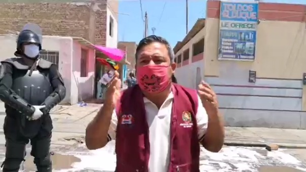 El alcalde de Moche, Arturo Fernández, criticó el accionar de la Policía en su distrito.