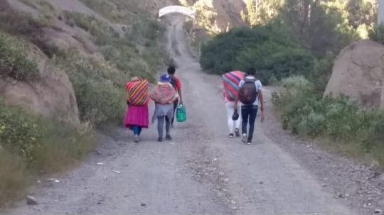 Gobernador de Cusco, Jean Paul Benavente, advierte que las personas trasladadas deben cumplir cuarentena 14 días.