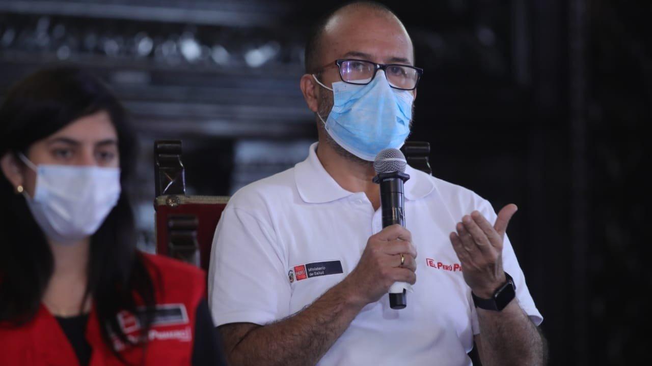 El ministro de Salud, Víctor Zamora, participó de la conferencia de prensa.