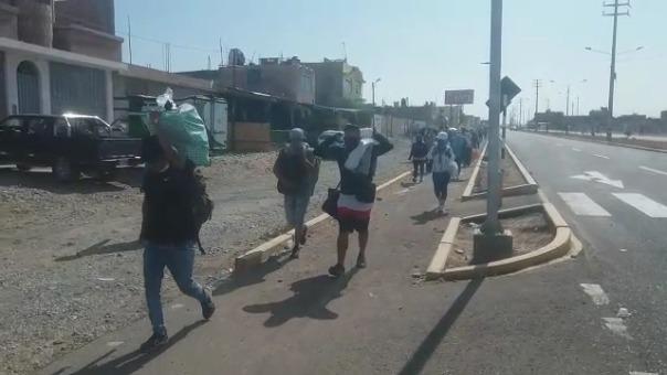Los caminantes tomaron esta decisión debido a que, según argumentan, hay falta de información transparente por parte del Gobierno Regional de Tacna y no hay celeridad respecto a los viajes humanitarios.