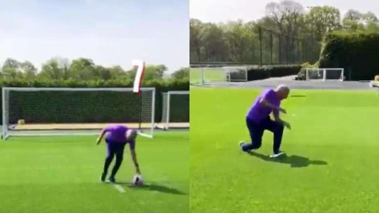 José Mourinho cumplió el reto del 'penal mareado'