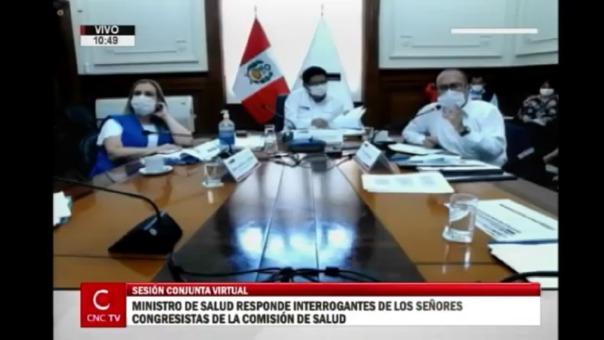 Ministro de Salud y otras autoridades se presentaron ante comisión del Congreso.