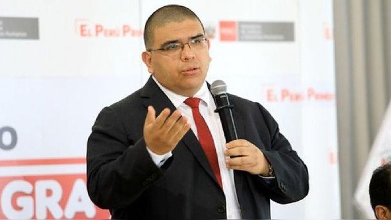 La labor de Fernando Castañeda está siendo cuestionada en el Congreso.