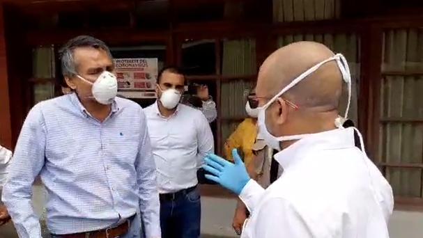 Incidente entre el Ministro de Salud y el Consejero Regional