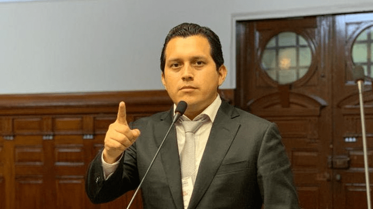 Denuncian a empresa de José Luna Morales.
