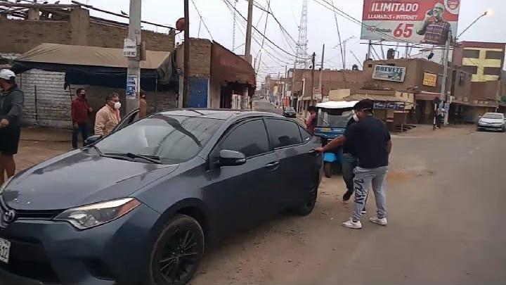 Intervienen a colectivos que prestan servicio informal de Lima a Cañete