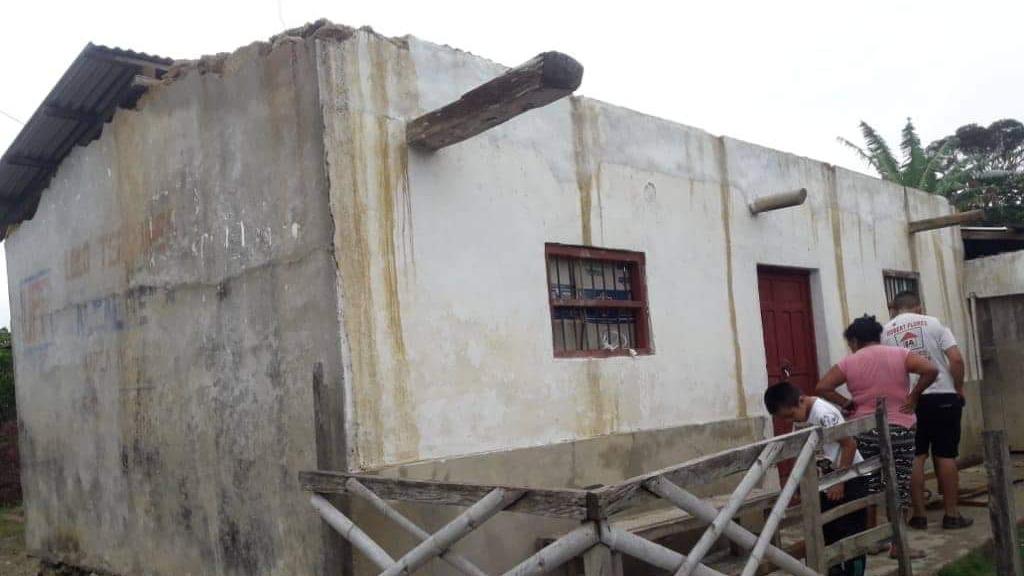 Viviendas de los pobladores se quedaron sin techo