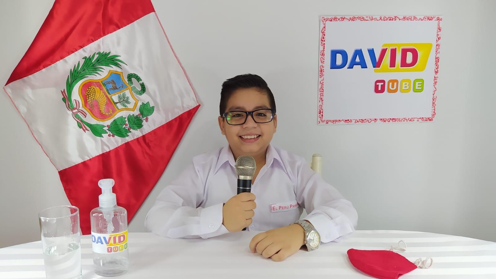 Niño youtuber se disfraza de presidente de la república para enviar sus recomendaciones a otros niños