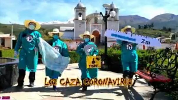 En la parodia también participaron policías y  personal de la Municipalidad Distrital de Viraco.