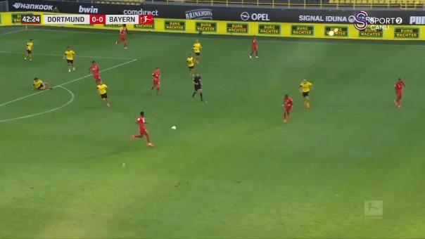 Joshua Kimmich le marcó este golazo al Borussia Dortmund
