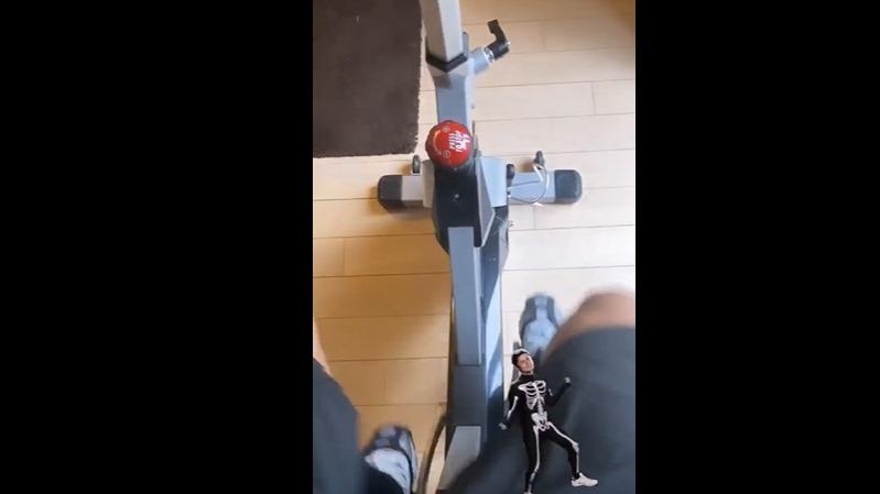 Jefferson Farfán con trabajos de bicicleta.