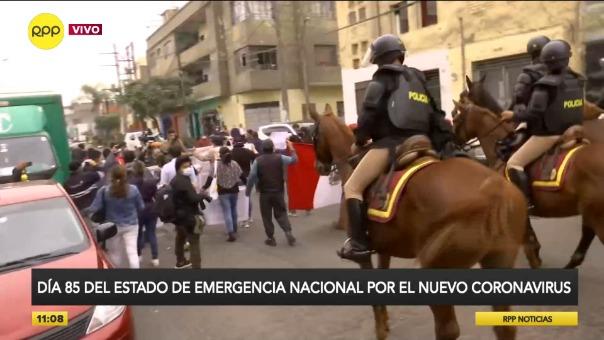 Protesta de un grupo de comerciantes de Gamarra cerca del emporio comercial.