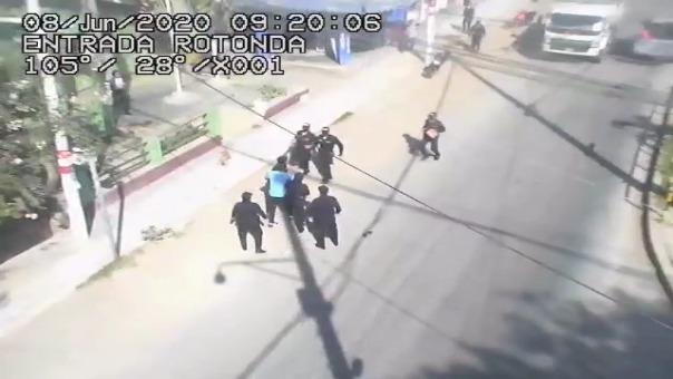 Jared Ulloa denuncia abuso de autoridad por parte de policías y militares.