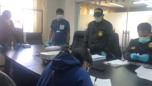 El precio de las bolsas para cadáveres está entre 80 y 160 soles, advirtió la Fiscalía Anticorrupción.