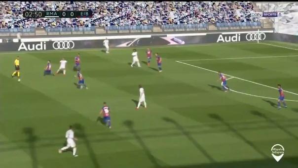 Así fue el golazo que Toni Kroos le marcó al Eibar.