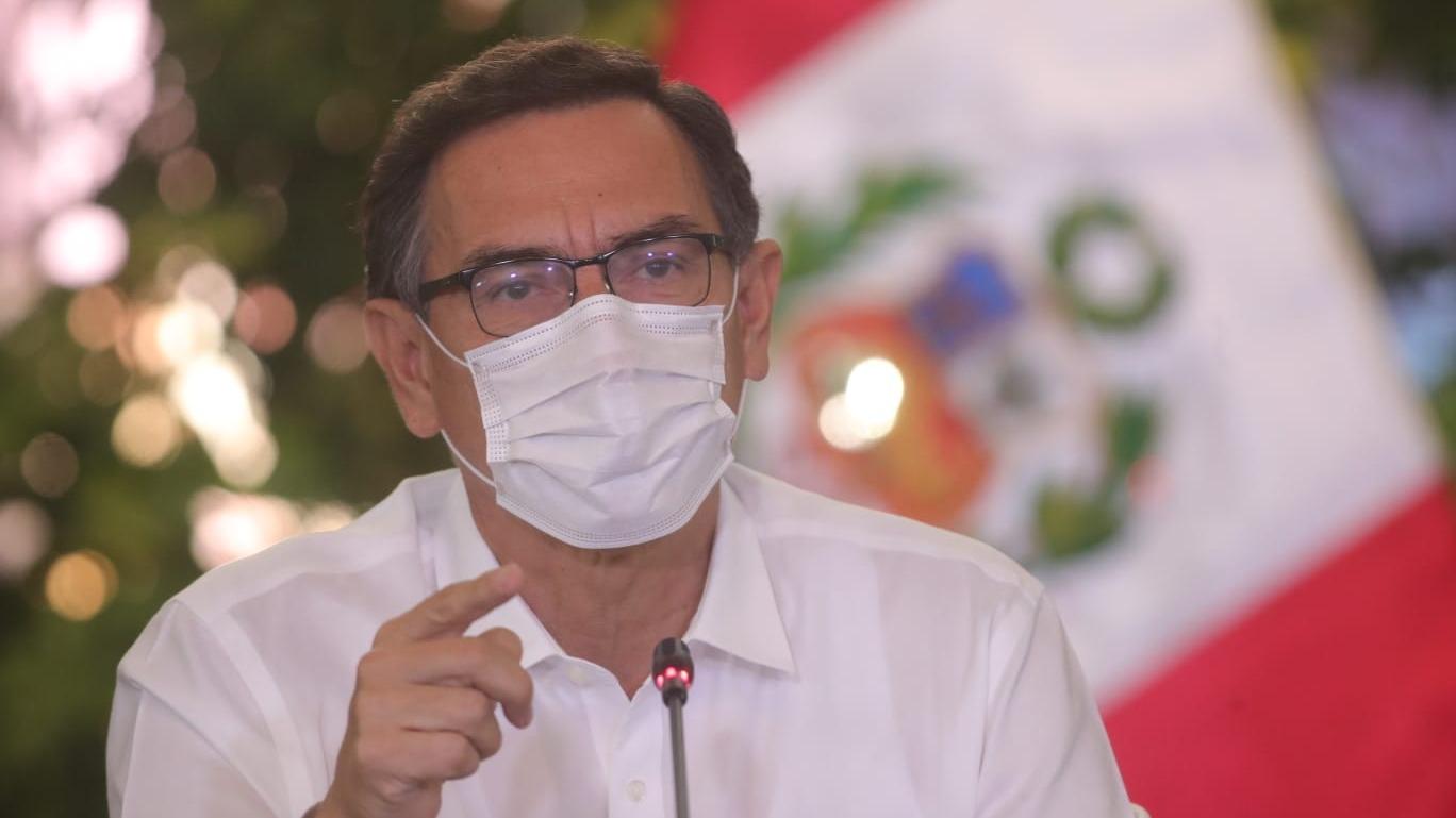 Presidente Vizcarra hizo una visita al Hospital Militar Central.