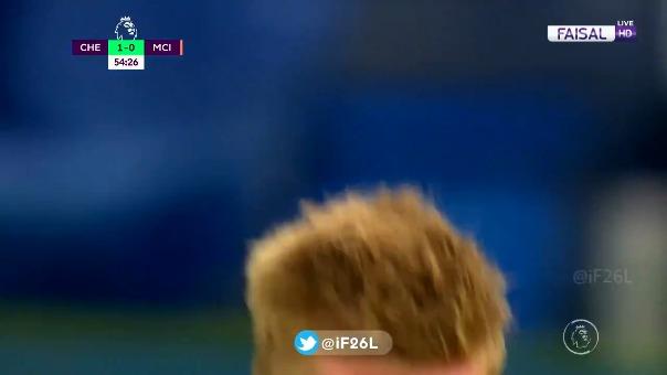 Kevin De Bruyne marcó´un golazo de tiro libre ante el Chelsea