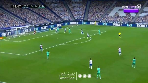 Tremenda jugada de Benzema