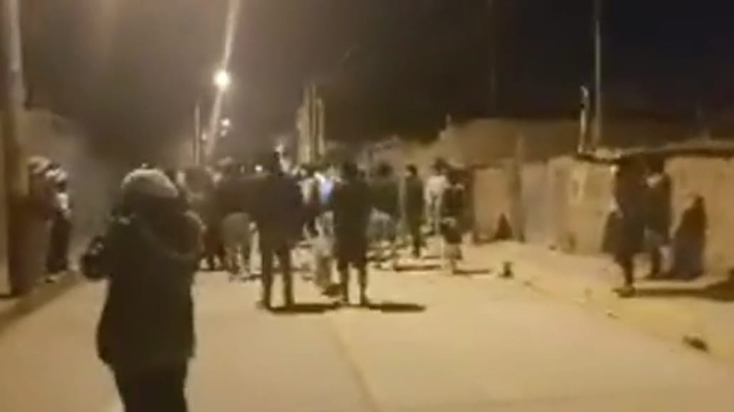 Población se enfrentó a la Policía.