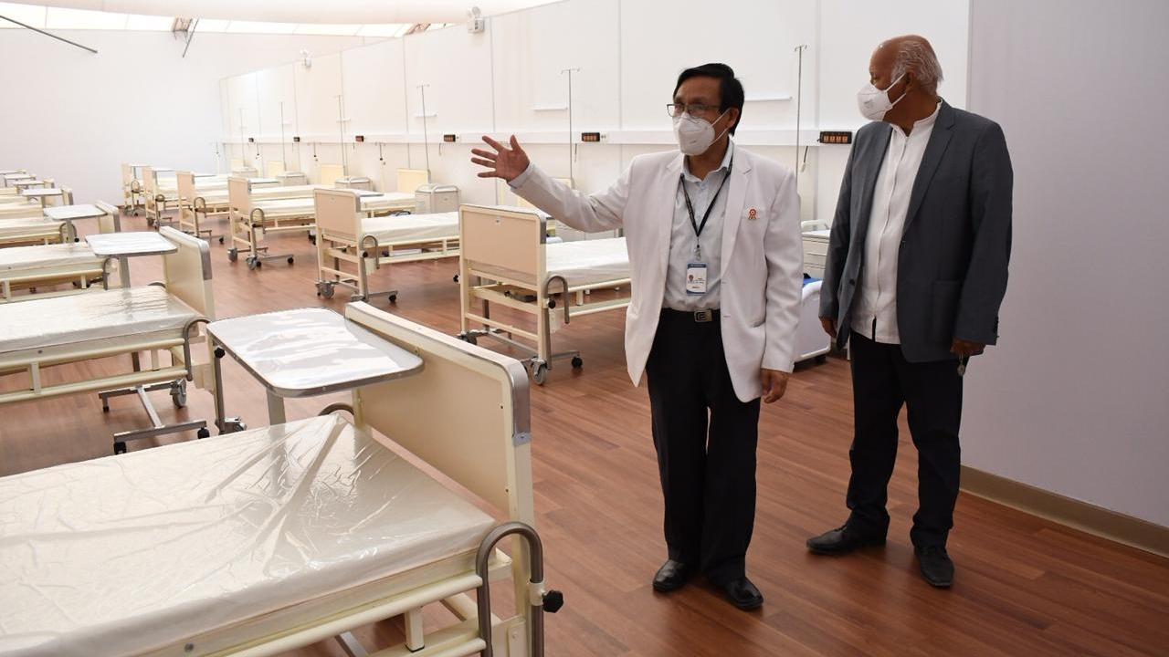 Gerente regional de salud inspeccionó las instalaciones del hospital temporal para pacientes con la COVID-19.