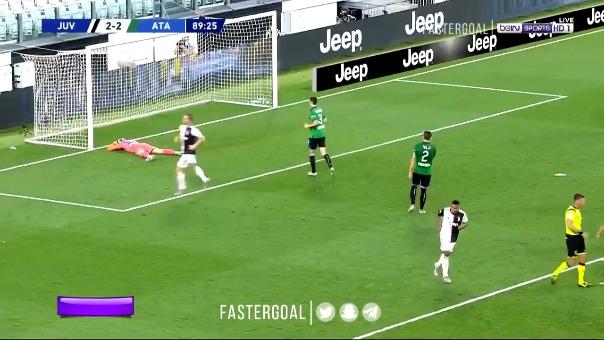 Cristiano Ronaldo marcó de penal ante Atalanta