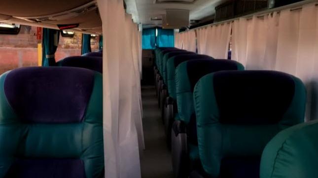 En el interior de los buses también se toman las medidas de prevención correspondientes.