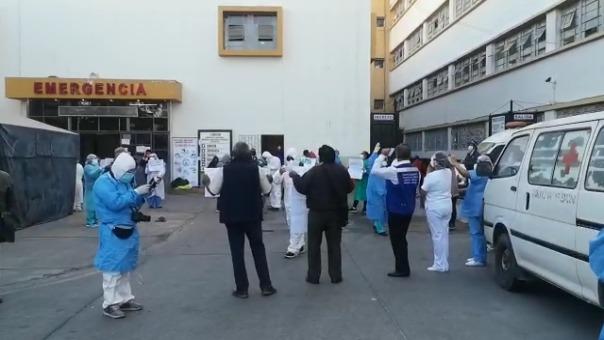 Gutiérrez informó que en lo que va del estado de emergencia, 100 médicos han sido infectados por la COVID-19, de ellos, 80 se contagiaron en las últimas tres semanas.
