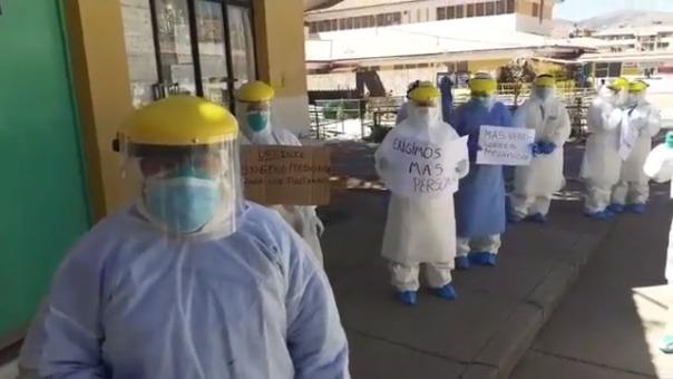 De las cinco enfermeras, se contagiaron dos y las restantes no se abastecen para atender a todos los pacientes.