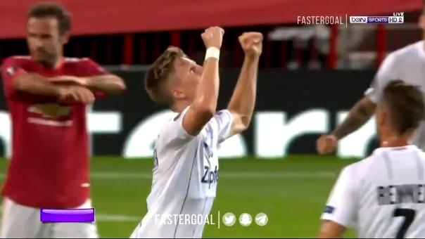 Jesse Lingard puso el empate para el Manchester United