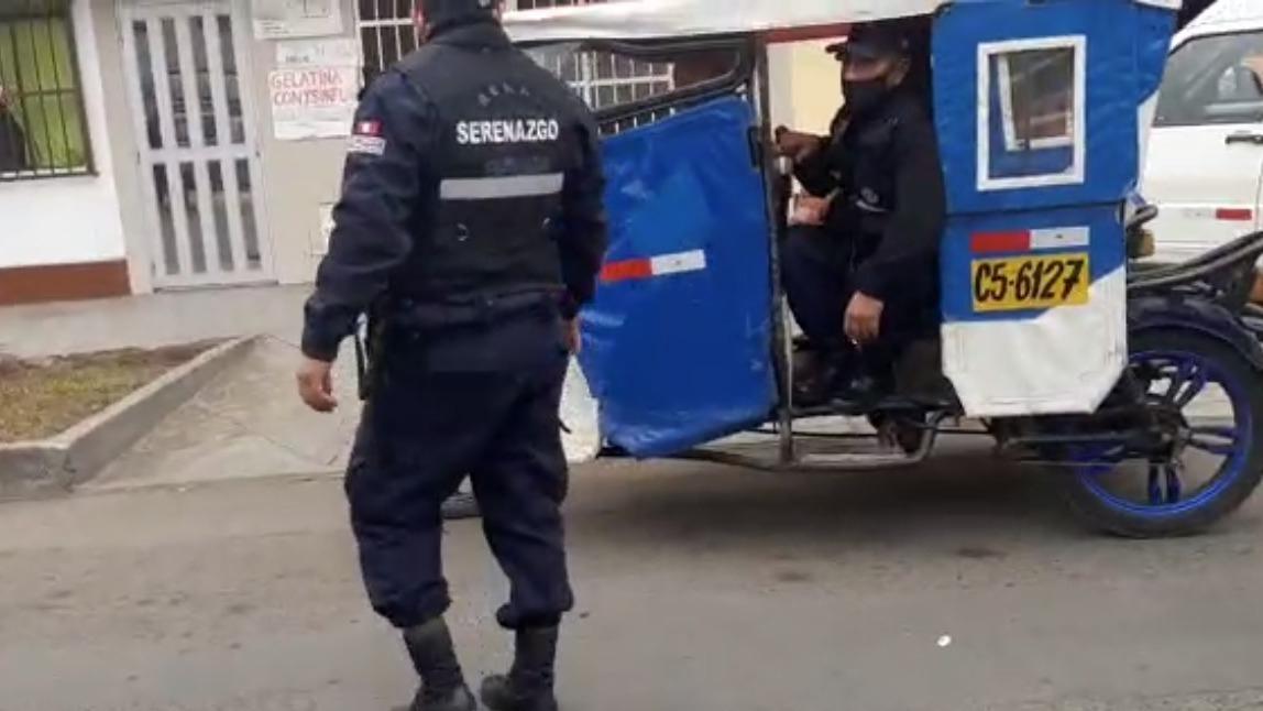 El mototaxista infractor intentó fugar para evitar la intervención.